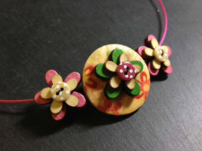 Focal Button Choker Necklace Triple Stacked Pinks and Greens