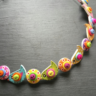 Button Necklace Rainbow Birds