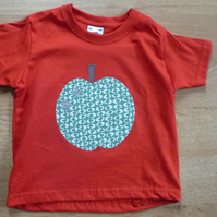 Apple t-shirt age 2-3 years