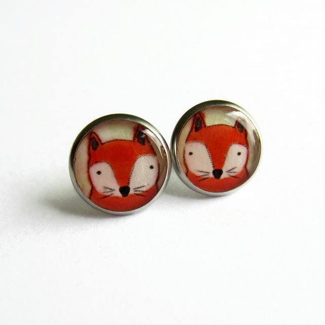 Red Fox Resin Stud Earrings - Hypoallergenic