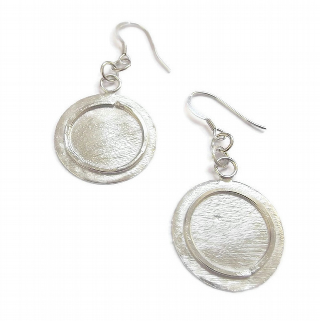 Handmade silver disc earrings