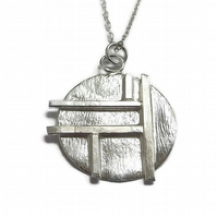 sterling silver grid pattern silver disc pendant