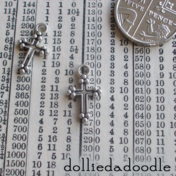 20 silver coloured cross charms