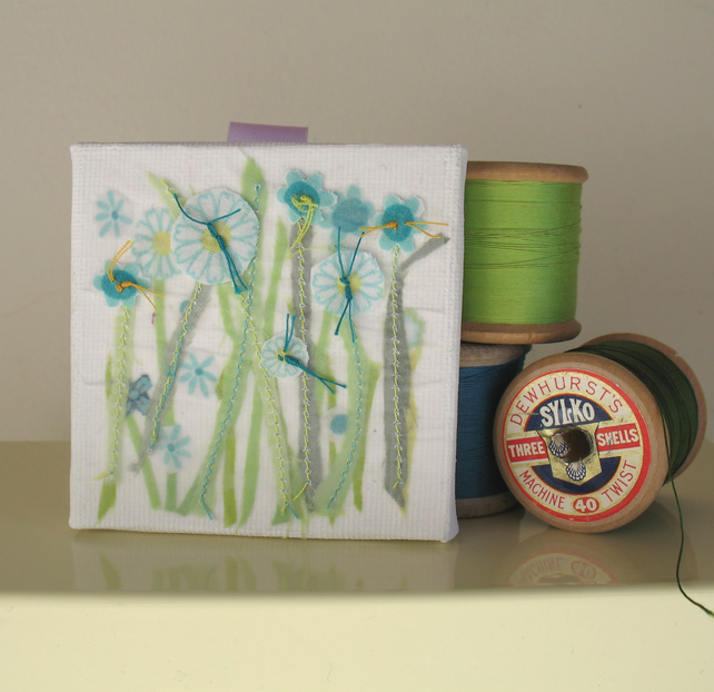 Sea green  meadow canvas