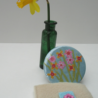 Fresh Springtime Flowers mirror and pouch