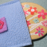 Primrose flowers pocket mirror