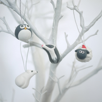 Black and White Christmas Tree Ornaments (Box of 4)