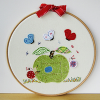 "Embroidered Hoop Art ""Kensington Gardens Apple"""