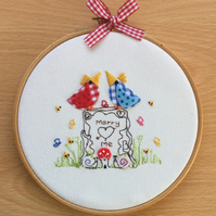 """Embroidered Hoop Art """"Marry me"""""""