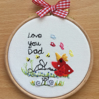 "Embroidered hoop art ""Love you Dad"""