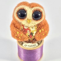 "Needle felted Owl brooch.""Olive"""
