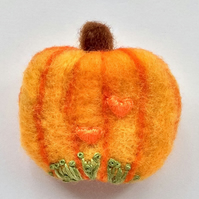 Pumpkin Brooch.