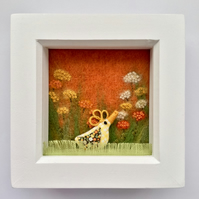 "Yellow chick box frame ""Matilda"""