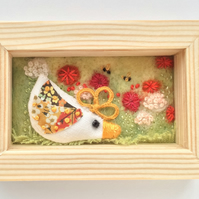 Mini shadow box frame 'Charlotte chick'