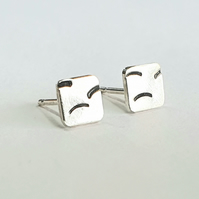 Tiny line square earrings
