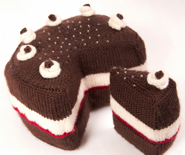 Cake with Slice Cut Out, and the Slice, Knittin... - Folksy