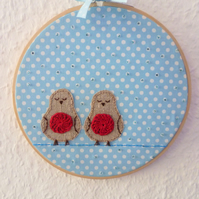 'Robins sleeping in the snow' Christmas hoop - Embroidery Applique art