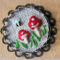 Textile brooch Pin - hand embroidered Toadstools