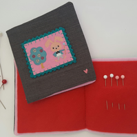 Child's Alice in Wonderland Sewing Needlebook Kit 5