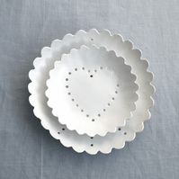 PEACE & LOVE berry bowl set, wall plates, white porcelain tableware