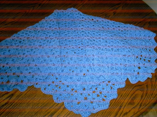 Baby Crochet Blanket and Shawl  Cuddle (nannycheryloriginals)  678 cjh S10