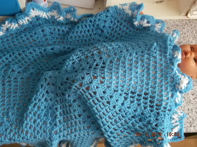 CROCHET SHAWL for Prem Baby or Doll   ID 705  (nannycheryl original)(A)