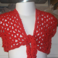 "HANDMADE CHILDS CROCHET BOLERO Tie at front   Chest 20""   921 cjh24"