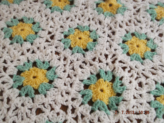 HEXIGAN Crochet Blanket and Shawl  Cuddle   BY nannycheryl original ID 647(A)