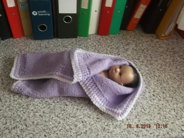 CROCHET BLANKET for Premature Baby or Doll  (nannycheryloriginals)  820 cjh S12
