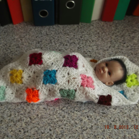 CROCHET BLANKET for Prem Baby or Doll   (nannycheryl original) 818 cjh7
