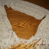 HANDMADE WINTER KNITTED CABLE SCARF         ID NC 82M