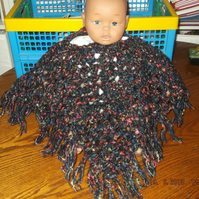 HANDMADE  CROCHET BABY PONCHO  (PREMATURE BABY OR DOLL)       ID 834 cjh25