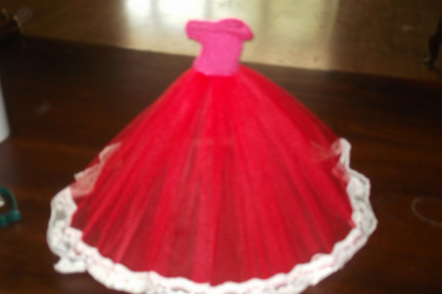 Handmade, red netting dress Barbie Dolls (nannycheryloriginal) 1227 cjh S22
