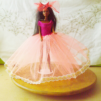 Handmade Ballgown Outfit for Barbie Dolls   (nannycheryloriginal) 889 cjh S22