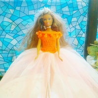 Orange knitted top with beads Dress netting skirt pretty,  908 cjh S22