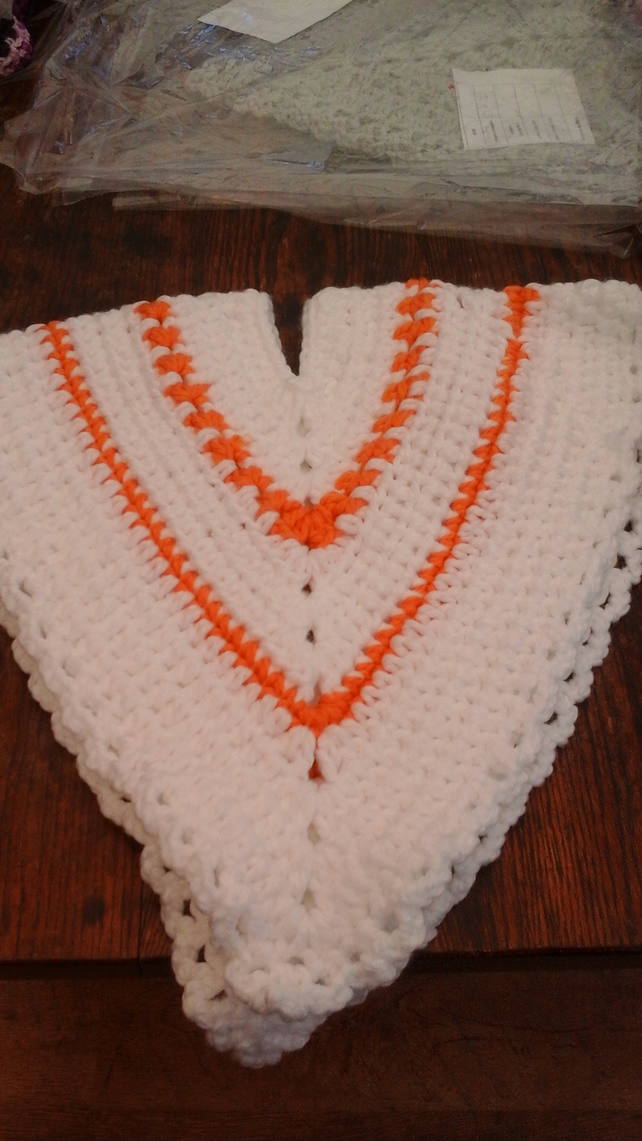 Poncho, chunky, crochet, warm, soft, thick, pretty, white, orange,  1120 cjh S49