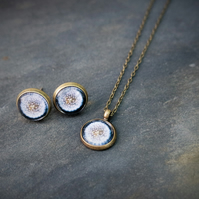 2 Piece Set Necklace Ear Studs - Dandelion black