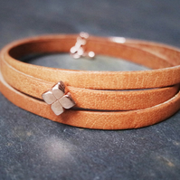 Leather wrap bracelet - Flower slider brown rose gold