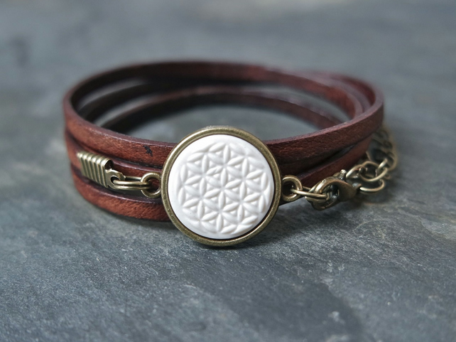 Leather bracelet - flower of life white bronze