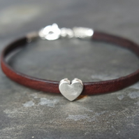 Leather bracelet - Heart dark brown silver