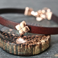 Leather bracelet - Flower dark brown rose gold