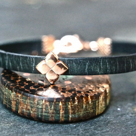 Leather bracelet - Flower black rose gold