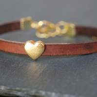 Leather bracelet - Heart dark brown gold