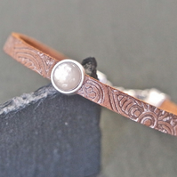 Leather bracelet - Mandala silver plated shimmery ice grey
