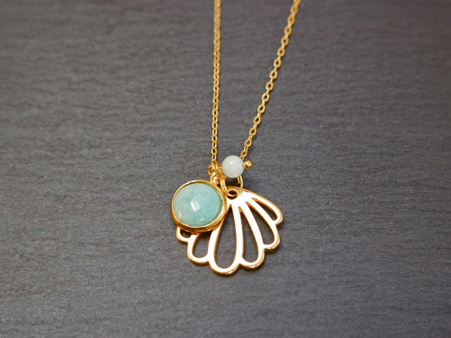 Necklace - Amazonite and Quartz Shell gold plated