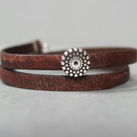 Leather wrap bracelet - dotts and circles stainless steel
