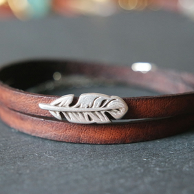 Leather wrap bracelet - feather silver plated
