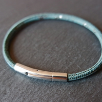 Vegan cork bracelet in teal blue and silver