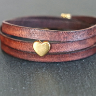 Leather wrap bracelet golden heart