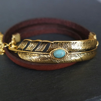 Leather wrap bracelet - golden feather and turquoise coloured stone
